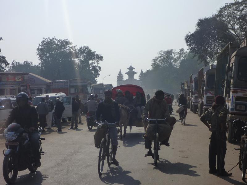 P1090490_frontière_Népal-Inde_Birgunj