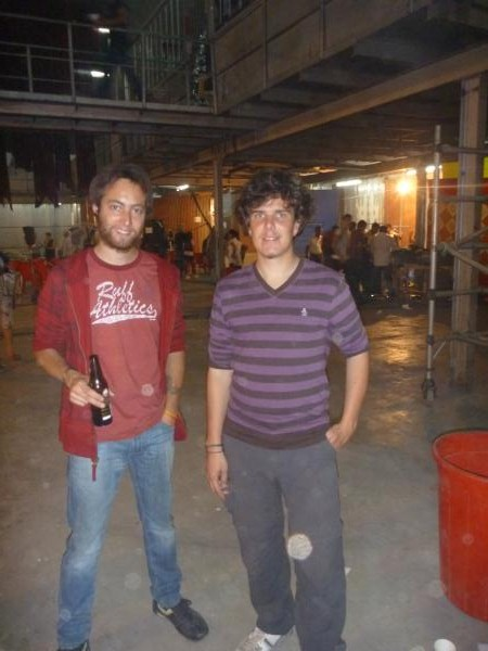 P1090876 - Julien et Adrien a Bollywood