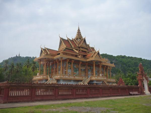 P1100277 - Phnom Sampeou (Battambang) temple bouddhiste