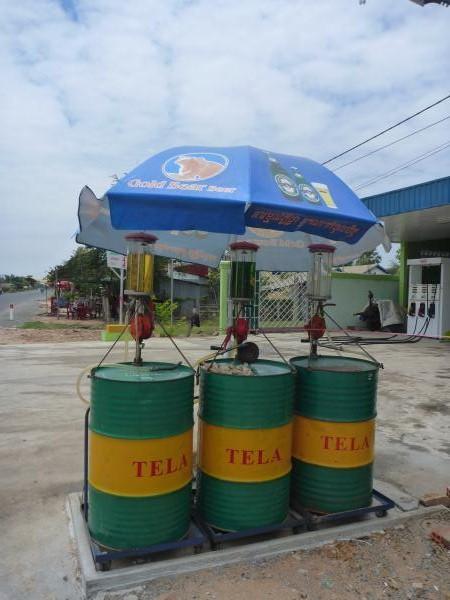 Une station essence au Cambodge