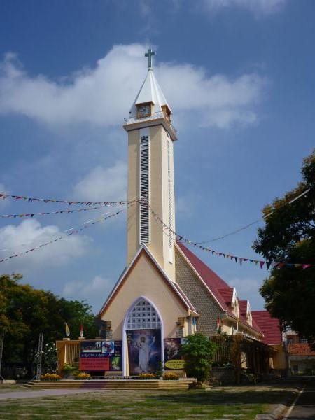 P1100708 église vietnam