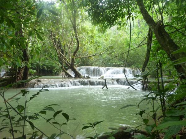 Les chutes d'eau Khouang Sy