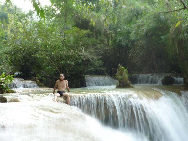 Julien dans les cascades