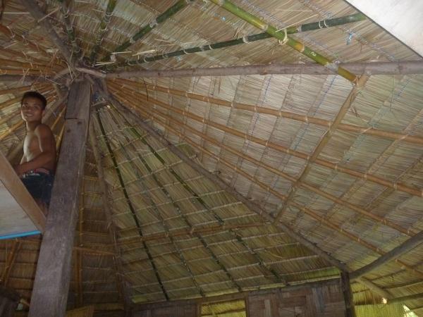 P1110181 toiture bois bambou thailande asie