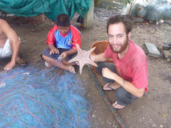 P1110267 thailande étoile de mer filet de peche
