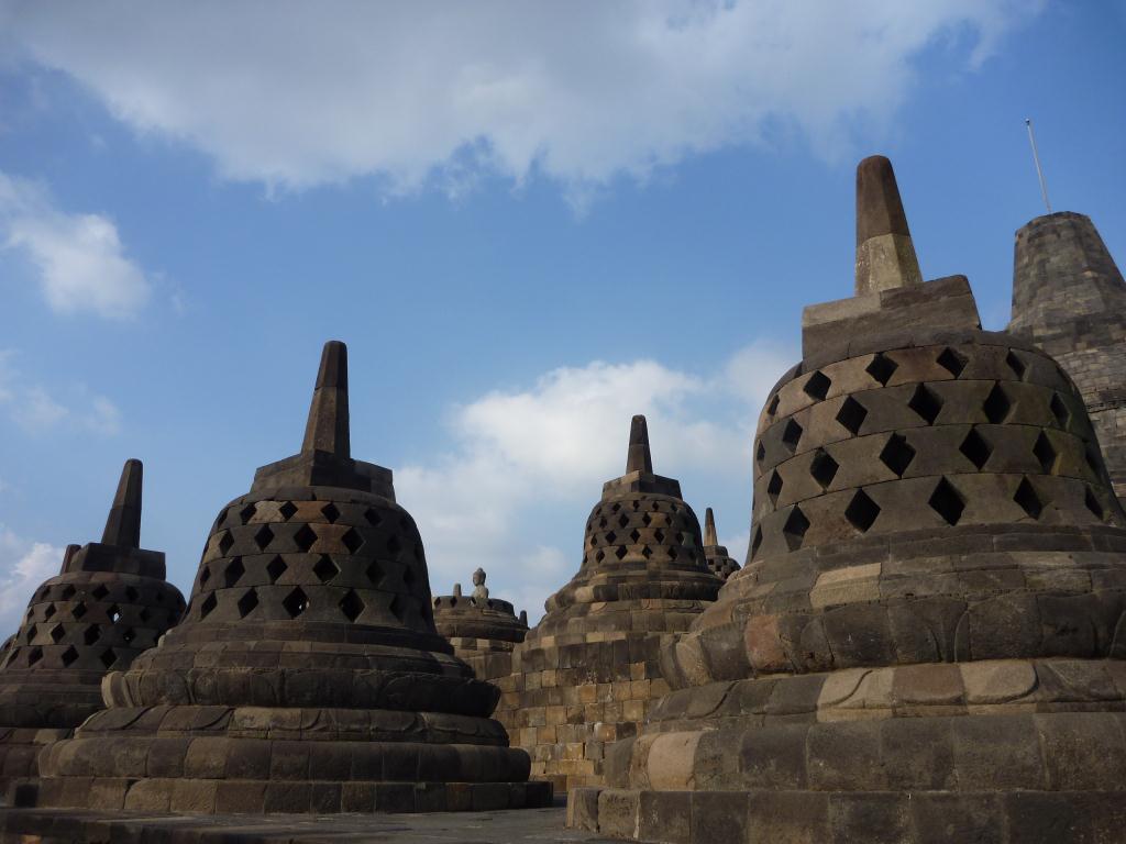 P1110820- Borobudur temple indonesie
