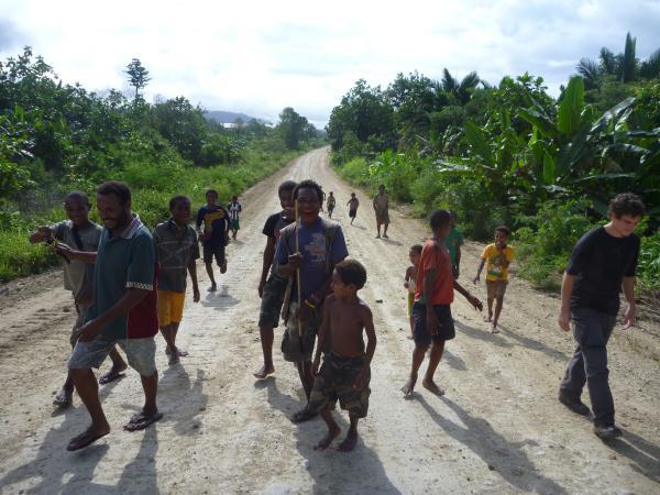Les enfants en Papouasie