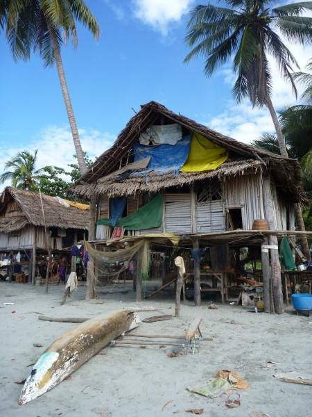 La maison d'Alia au bord de la plage