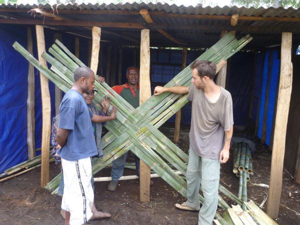 Construction des murs en Bambou
