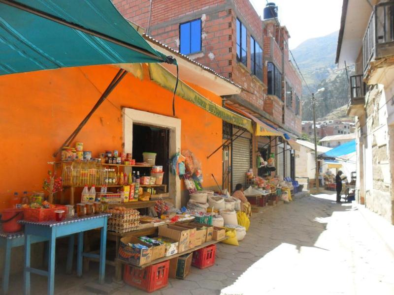 Epicerie à Sorata en Bolivie