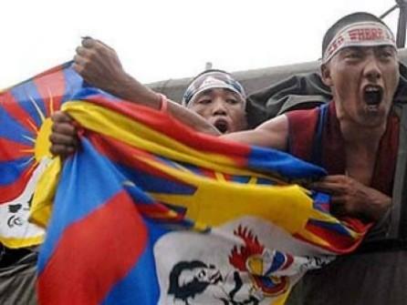 Emeutes_a_Lhassa_Tibet_Mars_2008