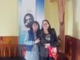 imag0302 Deux Chiliennes chantent la Marseillaise