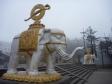 p1070054 - Emeishan, L'allée des éléphant (arrivée au Golden Summit)