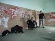 p1020368 - Un nouveau squat a l'abri de la pluie dans une gare abandonnée ou presque.