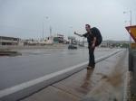 p1020850 - Auto-stop sous la pluie... eh ben auto-stop quand même !