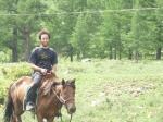 p1040613h - Aout 2010 : Le voyage continue pour Julien en Mongolie, où le cheval a remplacé les véhicules à moteur. Un moyen de transport idéal pour découvrir ce pays sans route...