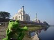 p1090106 - Guizmo découvre le Taj Mahal