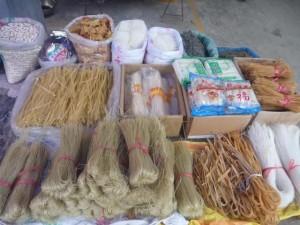 Au marché du village