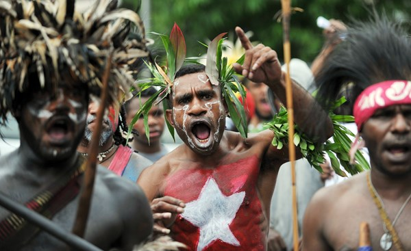 papuan-protesters-mark-independence-day-data [600x450 (tdm_blog)]